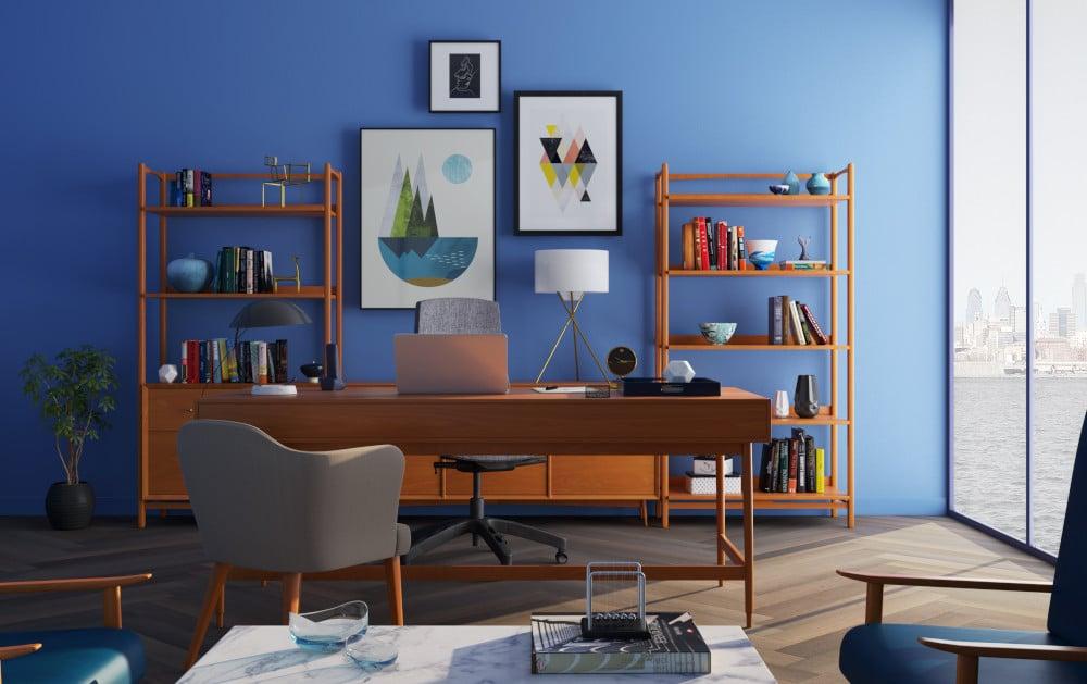 Een bureau bij iemand thuis
