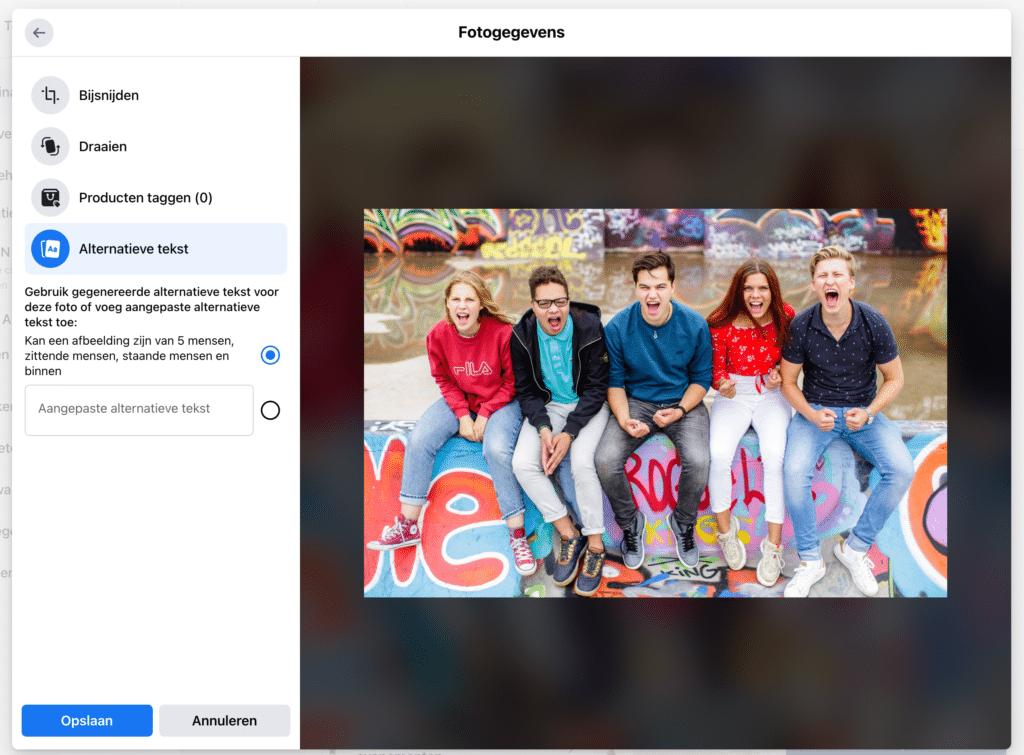Screenshot van Facebook waarin je ziet waar je alternatieve tekst kunt toevoegen aan een afbeelding